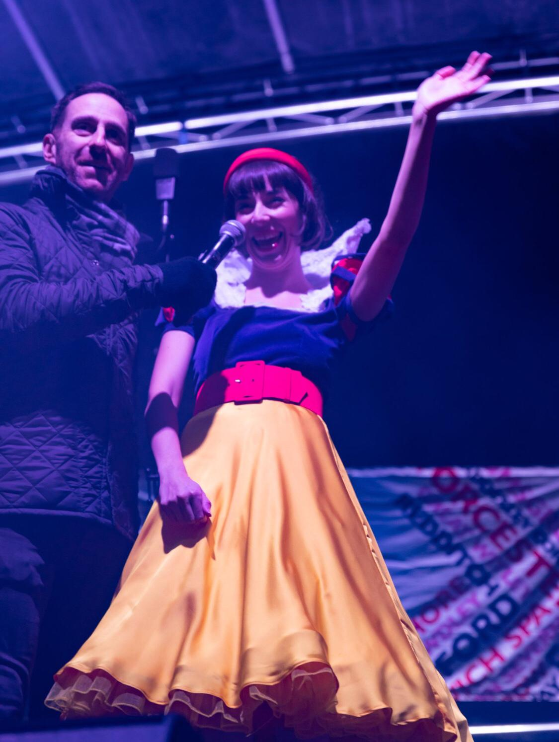 Elliot Webb and Genevieve Lowe as Snow W