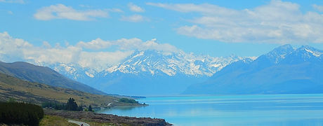 view-of-road-to-mt-cook-beside-lake_edit