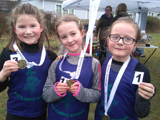 Nettlebed Girls give inspirational performances at HYF GoKids Run.