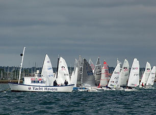 dinghies%20baverstock%20start_edited.jpg