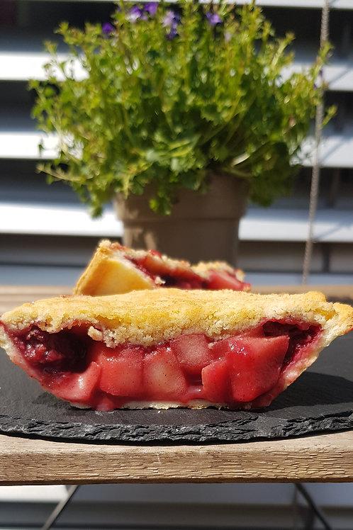 APPLE & BLACKBERRY CRUMBLE - Fresh Braeburn Apples & Blackberries lightly stewed