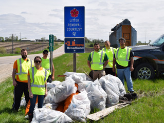 Team of Six Clears 500+ lbs of Waste from Local Highway