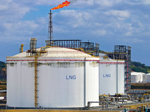 Mozambique is walking an LNG tightrope