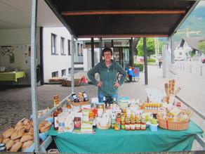 Fair-Trade Stand am Balzner Wochenmarkt