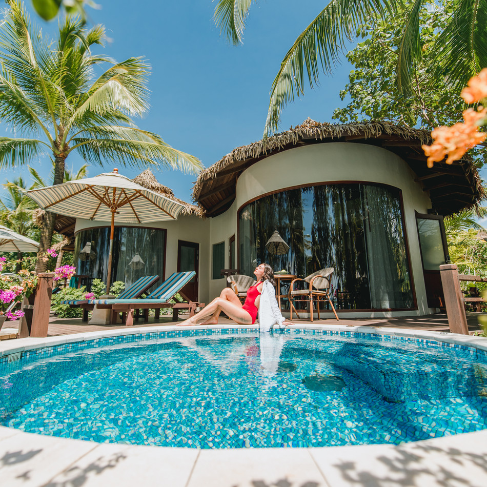 SURF & STAY : THE HAVEN KHAOLAK