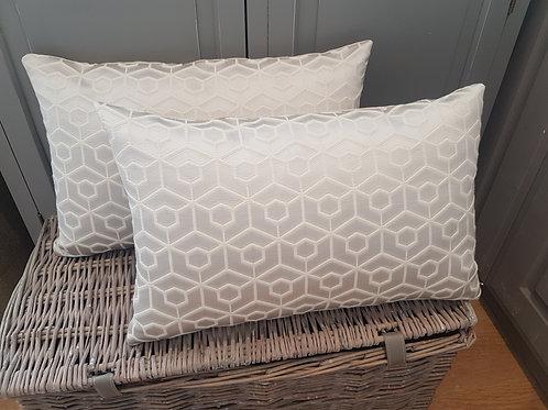 Rectangular geometric cushion