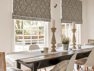 Made to measure roman blinds