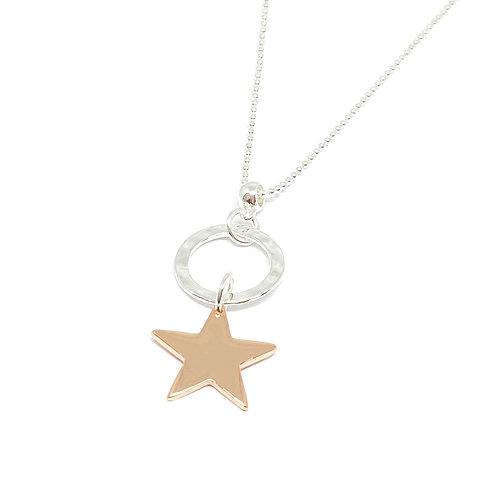 Amelie long chain with rose gold star