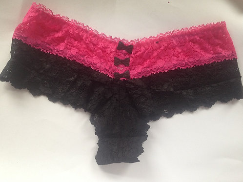 BLACK AND PINK LACE USED THONG (SKU0952)
