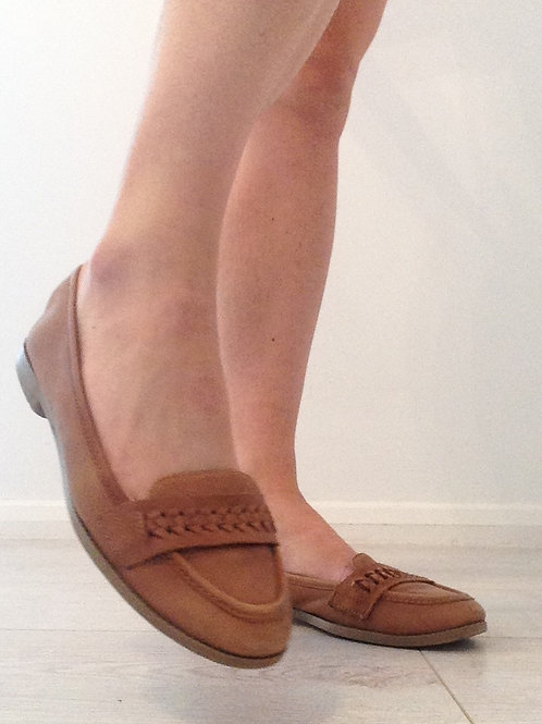 TAN LEATHER TRASHED BALLET PUMPS SK0638