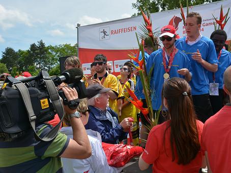 Medaillenübergabe an den Special Olympics