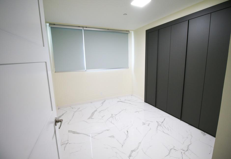 Summer Towers 2 4-Bedroom Bedroom 3-0458