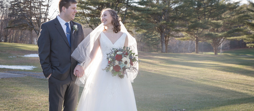 Maine & New England Wedding Photography | Wedding at the Augusta Country Club | Sarah & Levi