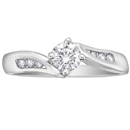 0.33ct Solitaire 9kt Gold Diamond Engagement Ring 0101076