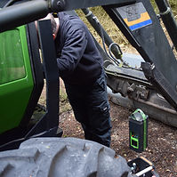 Traktor (3)lowres.jpg