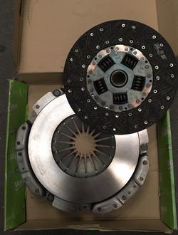 KIT CLUTCH FORD F150 250 350 V8