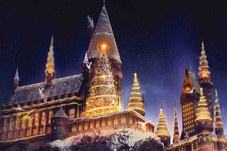"Glistening Snowfalls Enhance the Welcome Return of ""Christmas in The Wizarding World of Harry Potter"