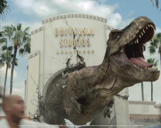 JURASSIC WORLD's Iconic Tyrannosaurus rex and Mosasaurus Invade Universal Studios Hollywood
