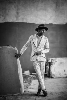 "J.S. ONDARA PREMIERES ""TORCH SONG"" VIDEO INSPIRED BY BOB DYLAN"