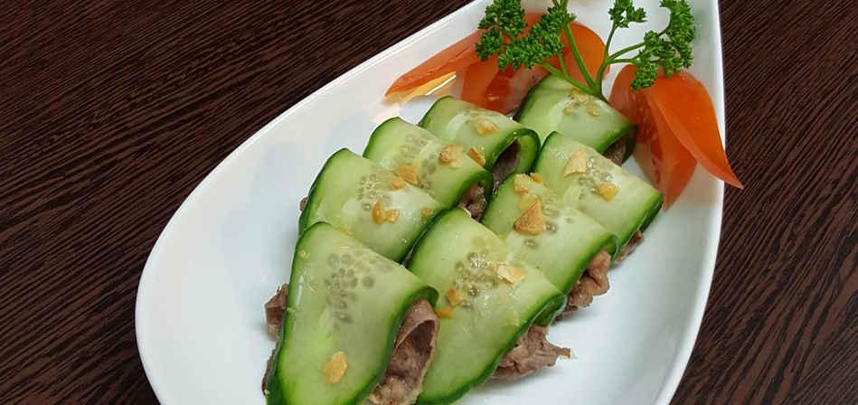 Teppanyaki gyuniku cucumber.jpg