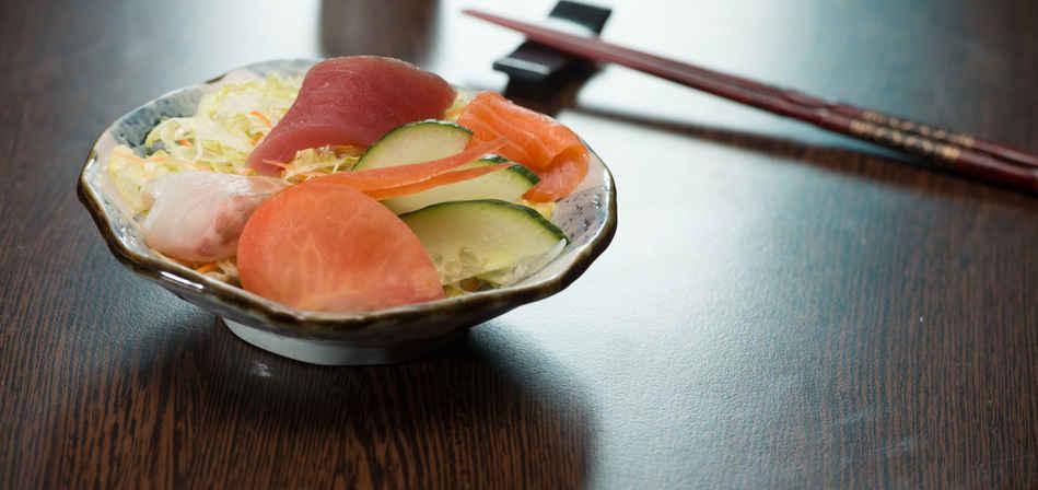Sashimi sarade.jpg