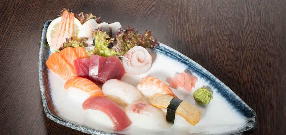 sushi en sashimi moriawase 1.jpg