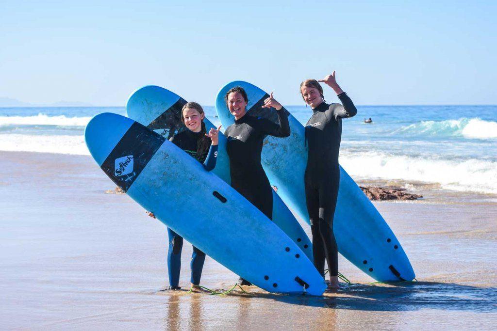 Enjoy the feeling of surfing