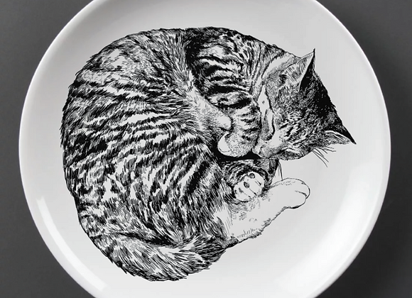 Large Illustrated Sleeping Cat Plate