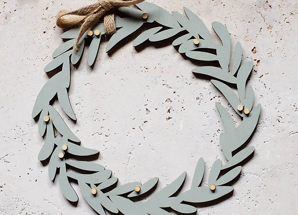 Hand-Painted Wooden Bay Wreath
