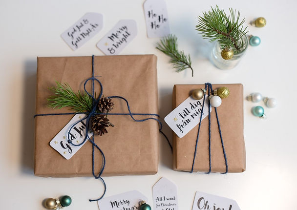 Modern-Brown-Paper-for-Christmas-Gifts.j
