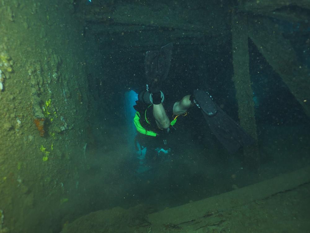 Night Dive St. Thomas