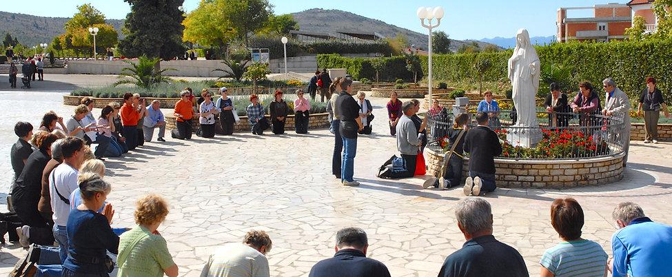 Prayer-group_0478.jpg
