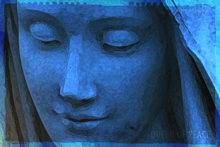 StatueMessage_3988_880.jpg