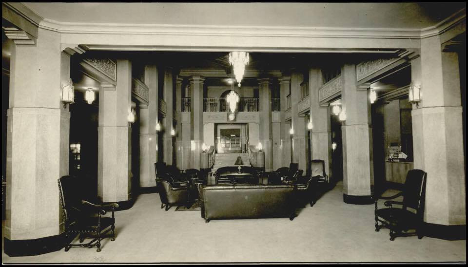 Original hotel lobby in the 1930s.