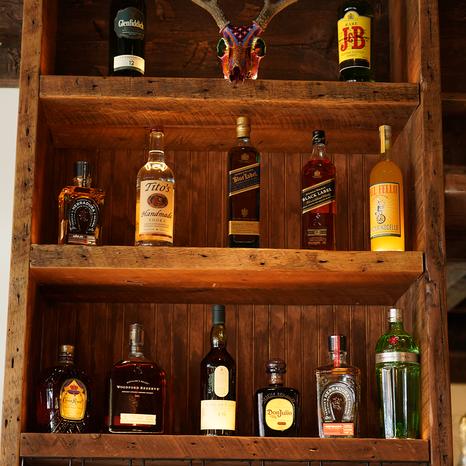 Custom shelves, Tatanka Aspen