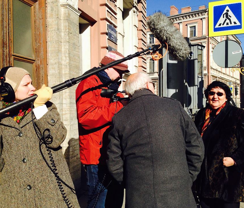 Interview Sylva IN FRONT OF kgb in St Petersbutrg
