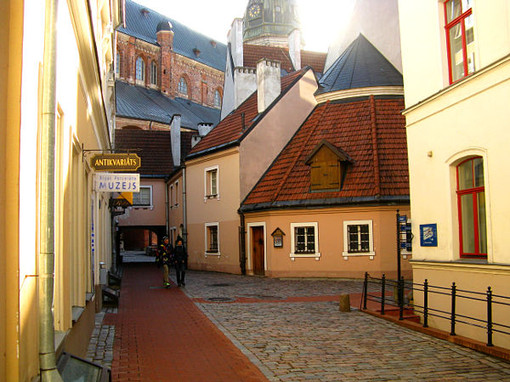 Riga old town day 1.jpg