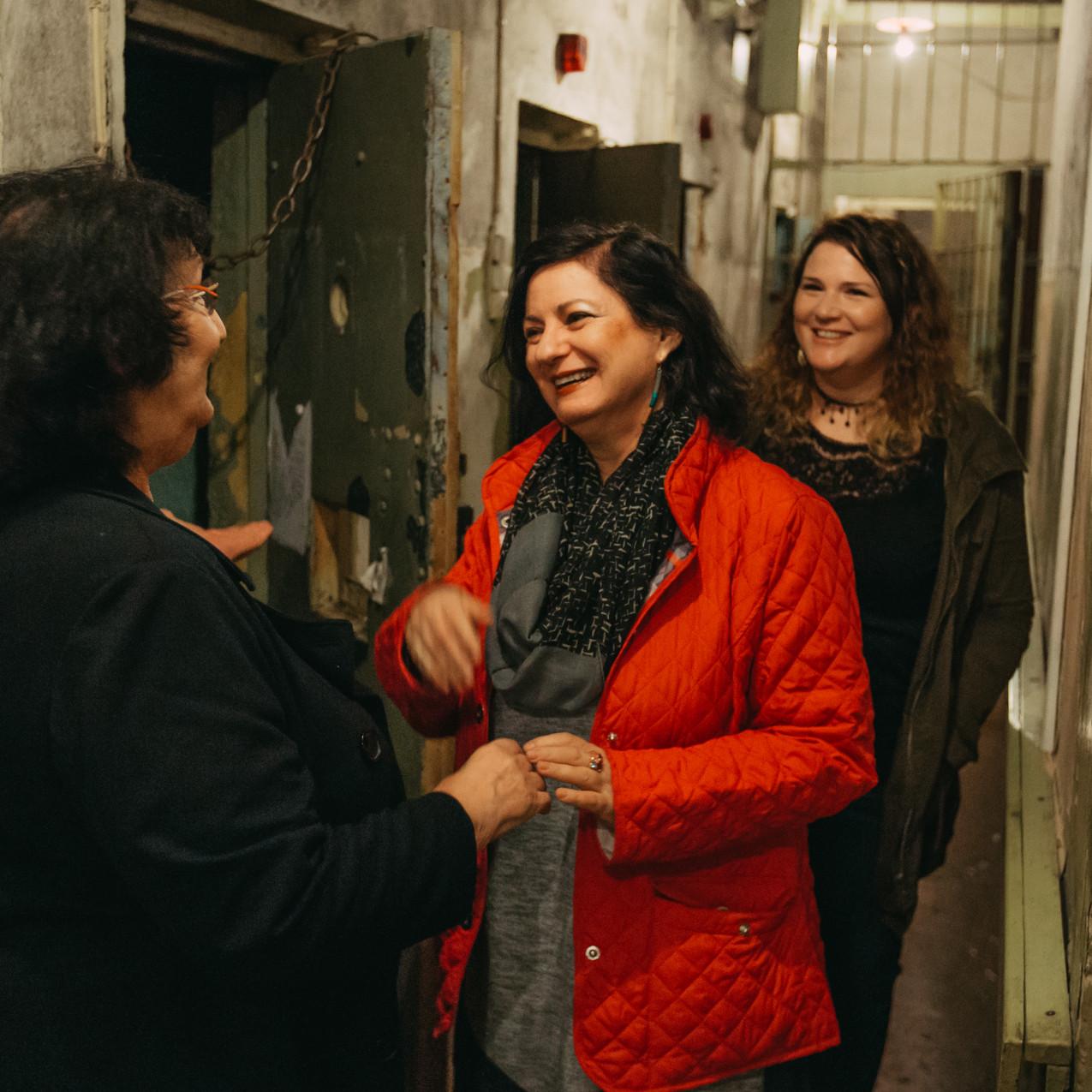 לירון בר שדה שגרירות ישראל לטביה סילווה זלמנסון ענת זלמנסון  קוזניצוב מבצע חתונה דוקומנטרי קגב