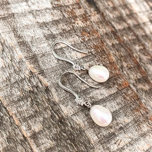 Elegance Pearl Earrings