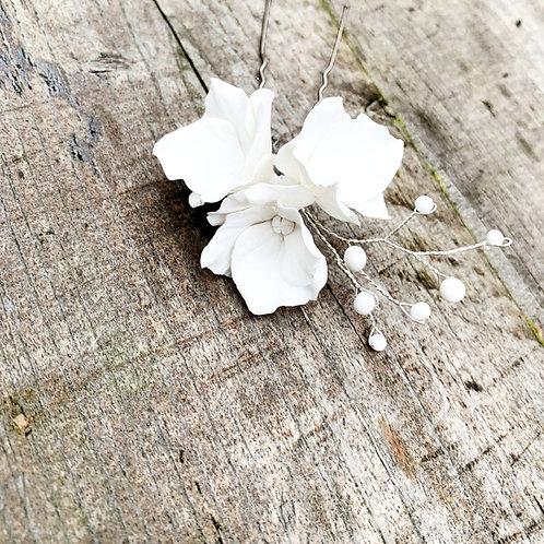 Milana Floral Hair Pin