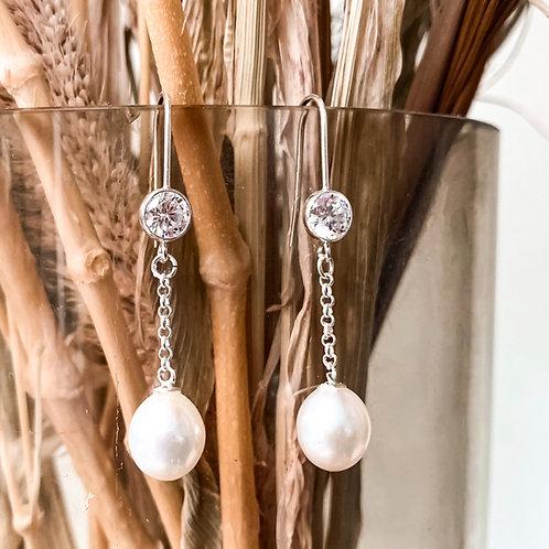 Nora Freshwater Pearl Drop Earrings