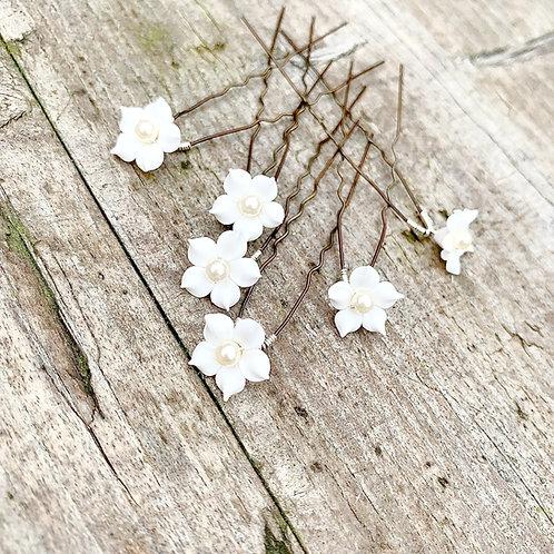 White Flower Hair Pins