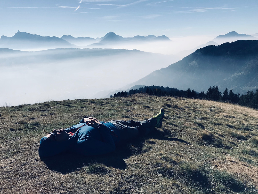 Relaxing in the autumn sunshine on La Bourgoise in the Grand Massif above a sea of cloud
