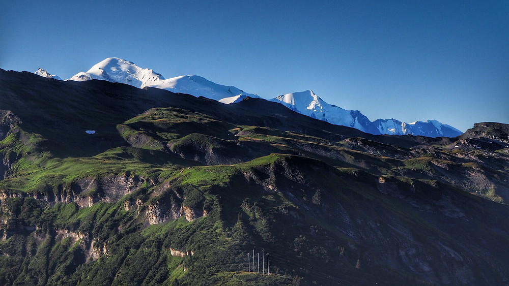 Morning views of Mont Blanc from the Refuge du Grenairon