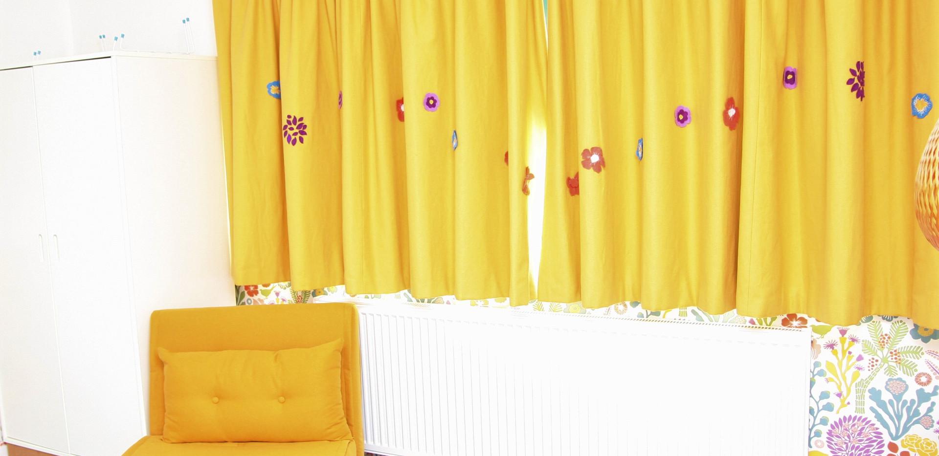 wallpaper match flowers_resize.jpg