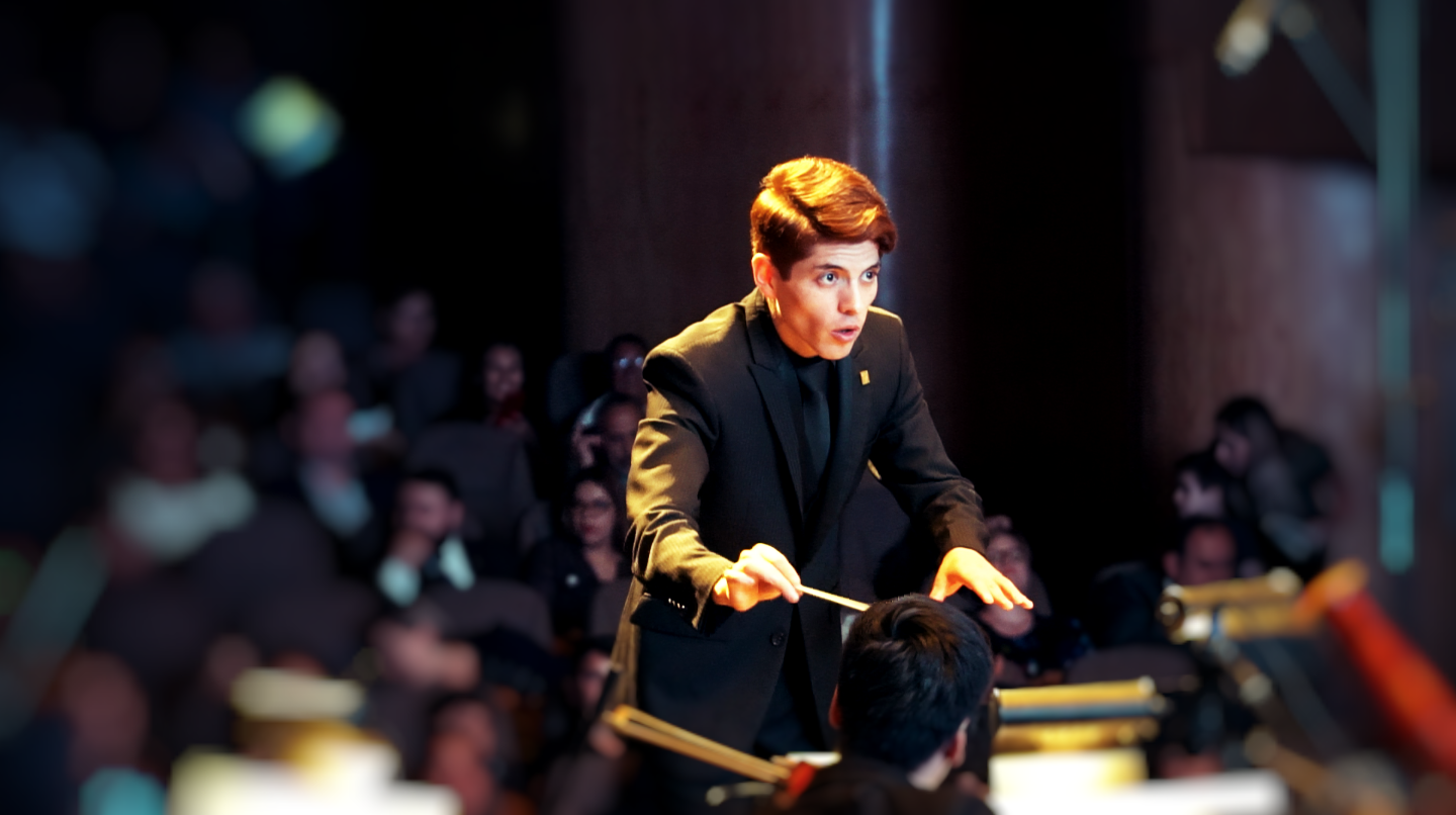 0D.UrielConducting2019