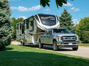 fifth-wheel-travel-trailer.jpg
