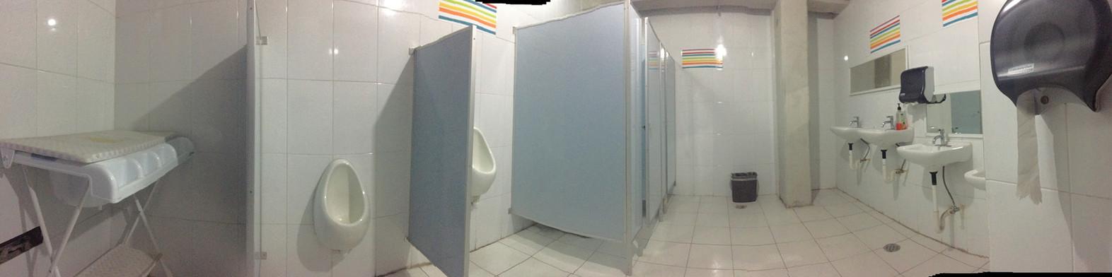 02_baños_hombres.jpg