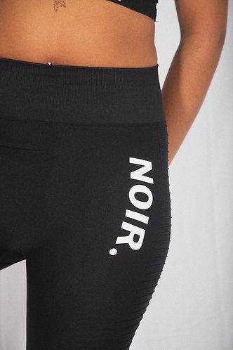 """Ladies """"NOIR"""" Seamless Leggings"""