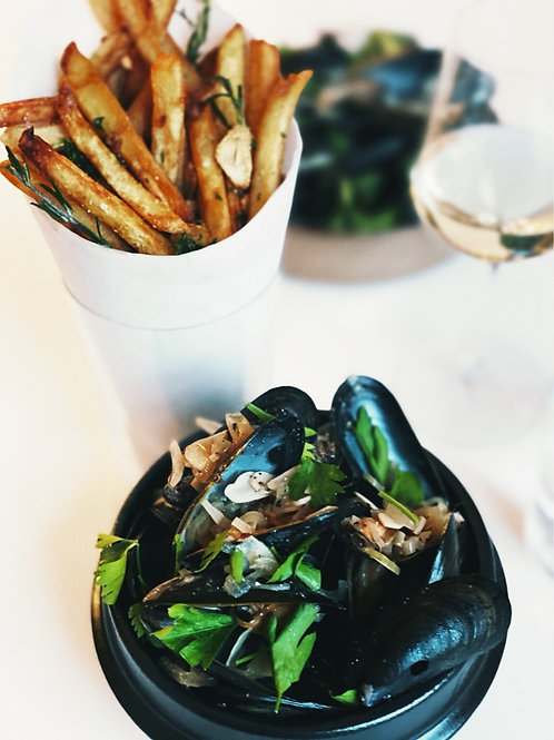 MOULES FRITES | on demand
